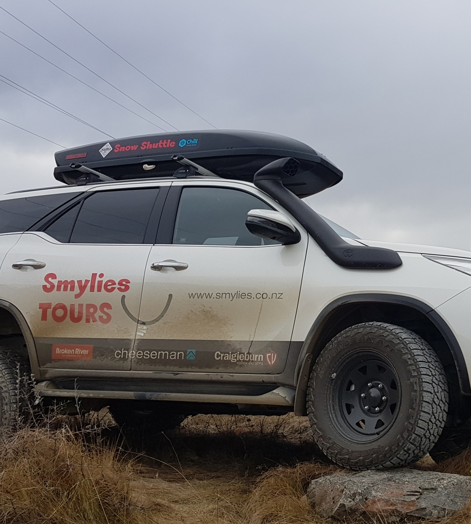 4wd toyota Fortuner mountain shuttle